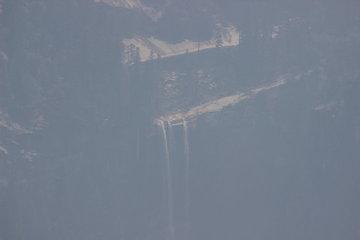 2段の滝(おそらく下流)