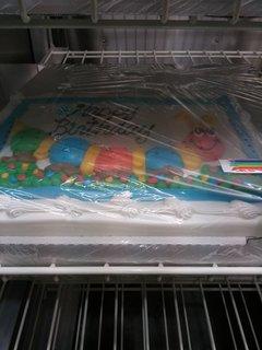 危ない色のケーキ