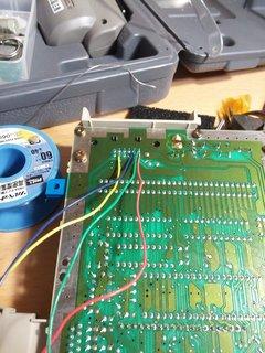 RGBとビデオ/復号同期信号を繋ぐ