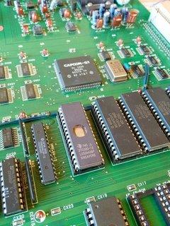 デコードした命令とデータを連接したROMを装着