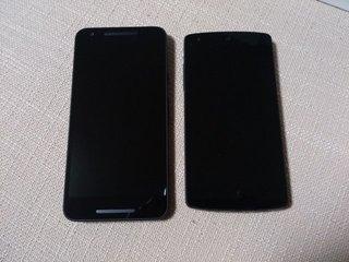 Nexus 5と大きさ比較