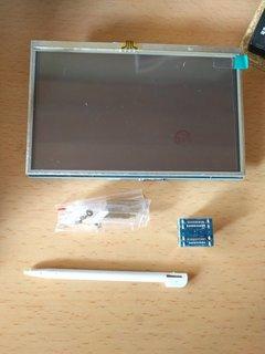 Raspberry Pi 3用に液晶導入