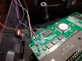 2コンマイク用につけたスイッチの跡地をパレット切り替えスイッチで再利用