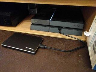 SSDを外付けドライブ化してPS4に接続