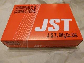 JST純正の箱