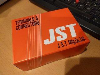 JSTの箱小さい!