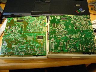 CD-ROM2の基板比較