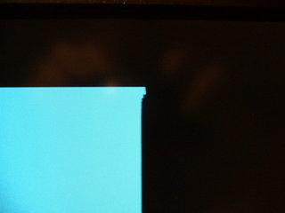 画面上端が歪む