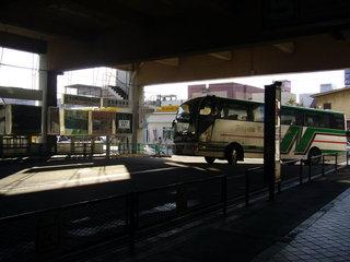新潟交通のバス到着