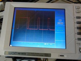 F2の複合同期信号の波形 (だと思う)