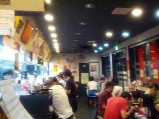 東麺房混んでる